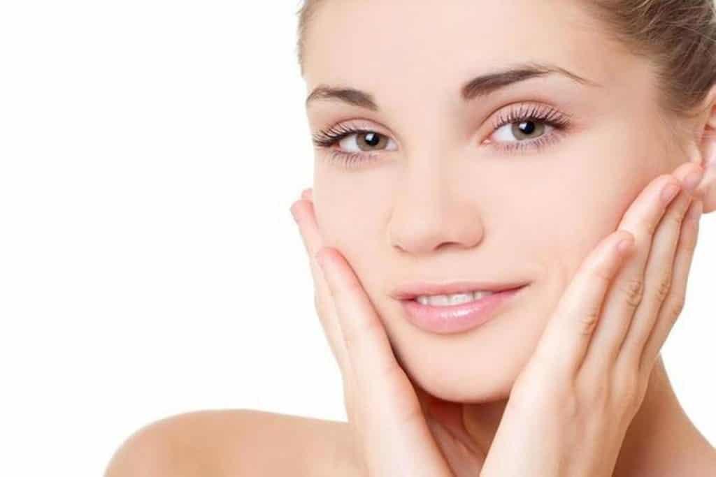 ¿Cómo funciona el lifting facial?