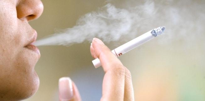 o-cigarrillo-y-cirugía-plástica-2